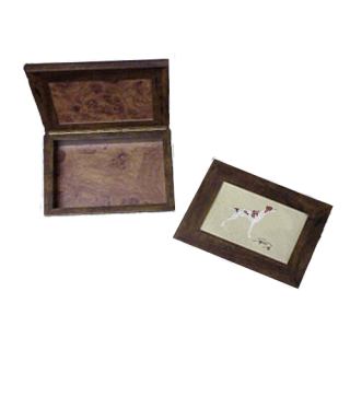 Caja de madera con bordado Braco